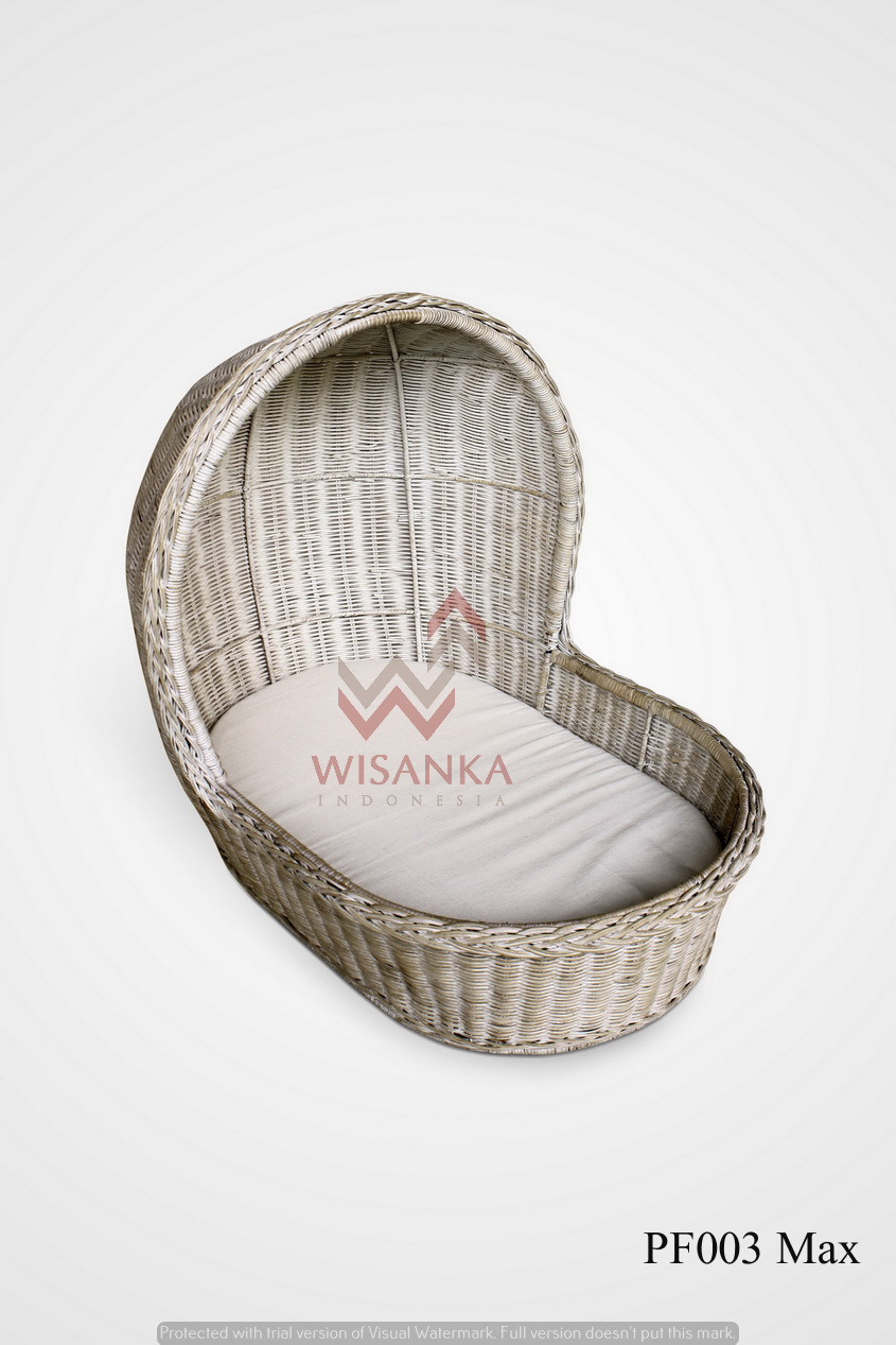 Max Rattan Dog Bed